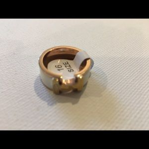 Jewelry - Rose Gold Plated with White enamel Ring